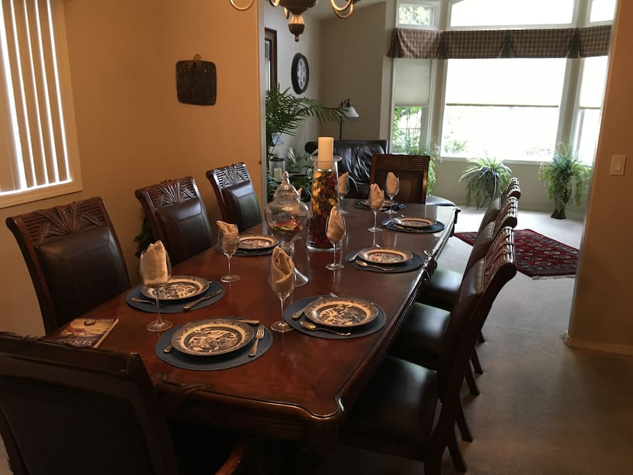 Formal Dining sits 8