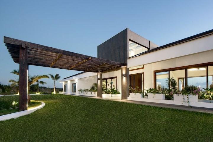 Catalina Luxury Paradise