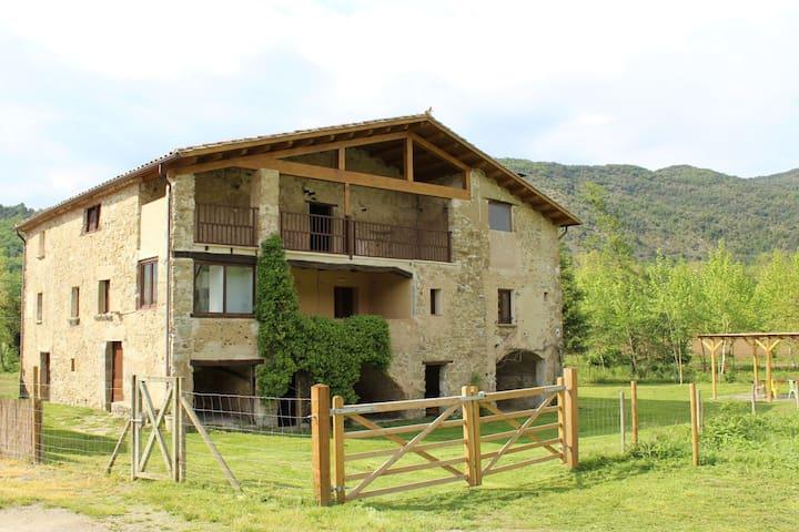 Alquiler íntegro masia s. XVII