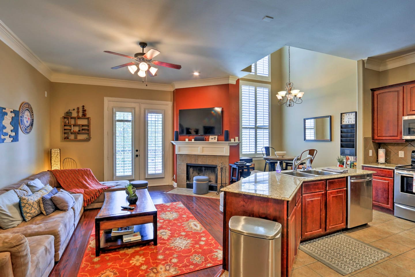This modern Lower Greenville vacation rental townhome is the perfect pick for 6.