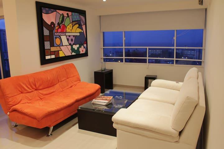 Apartamento amplio en El Laguito - Cartagena - Pis