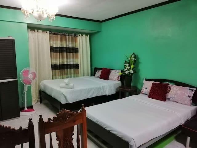 Condo 4, inside Albergo Hotel Across Tourist Spots