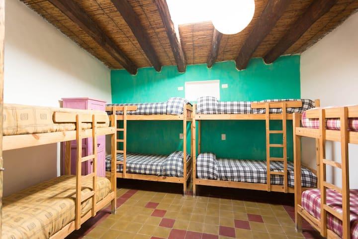 Viracocha Art Hostel