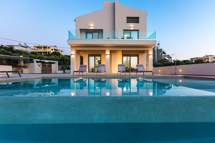 Villa Estel, luxury, modern, family