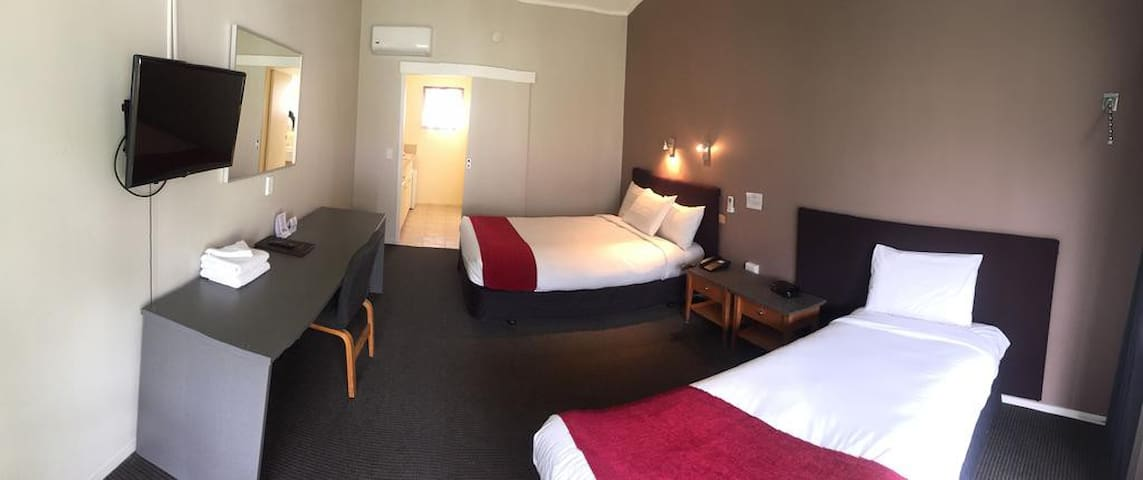 1 Bedroom Apt near Auckland Airport & Free Parking