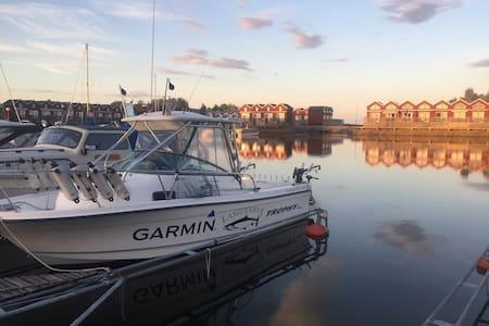 Sunnanå Hamn - Bo vid vattnet