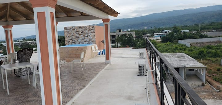 Rm-303. Barahona Rooftop Gem