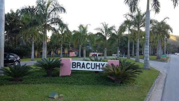 PORTO BRACUHY, um Paraíso ao seus pés