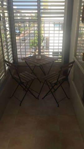 TLV PEARL - Spacious Bedroom in Centre tel-aviv