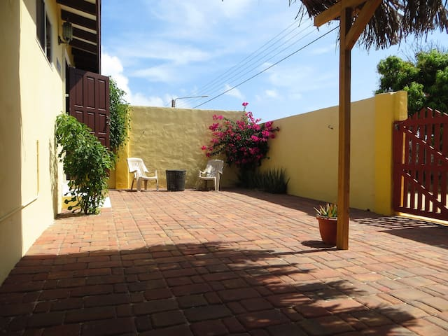 Sunshine casita, a detached house with privacy - Santa Cruz - Leilighet