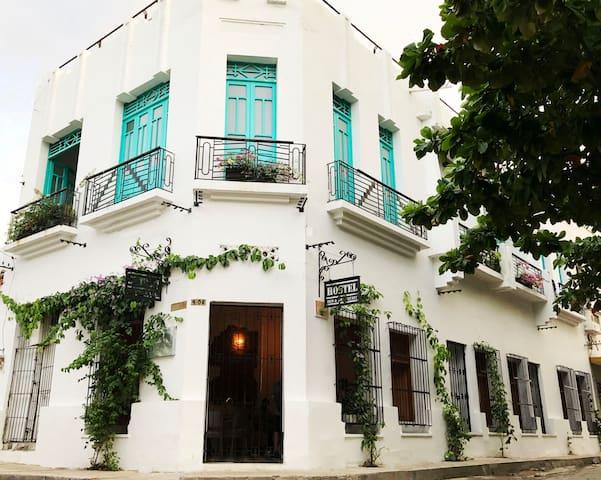 Hostel Historic Center (Breakfast)