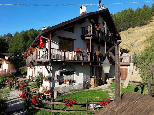 Only for mountain lovers! Close to Sestriere