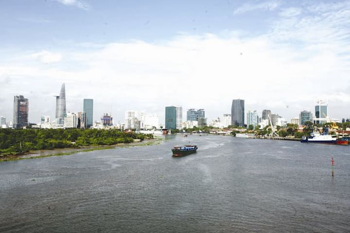 Modern condo in the downtown + free travel consult - Ho Chi Minh City - Apartment