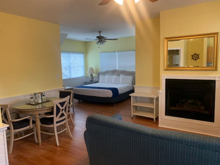 Inn at Corolla Light Room King Junior Suite #22