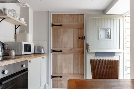 A Beautiful Luxury apartment2.5 Miles from Fowey