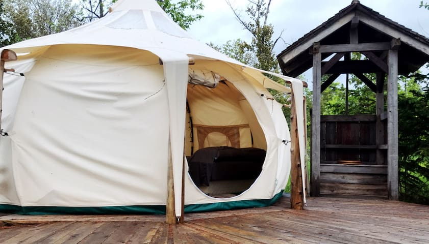 Manitoulin Permaculture Lotus Belle Tent