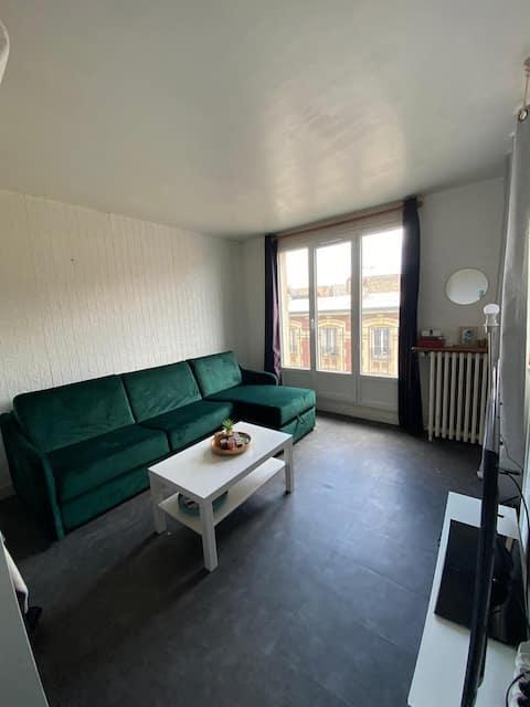 Studio 22m2,  20 minutes de Paris Saint-lazare