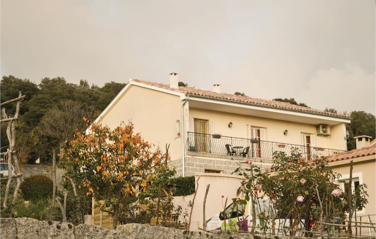 Holiday apartment with 2 bedrooms on 75 m² in Grosseto Prugna
