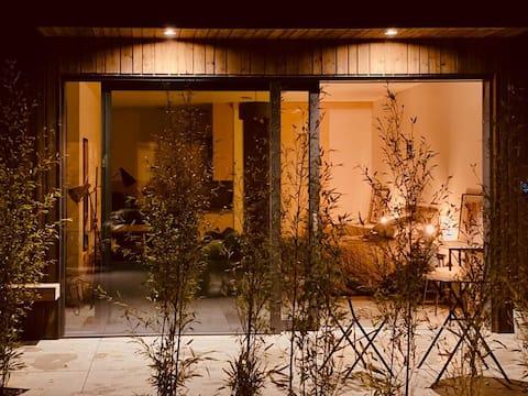 公園旁邊的美麗僻小木屋- SW12