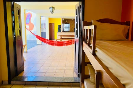 Dormitório Misto com 6 camas- Hostel Dom Alberto