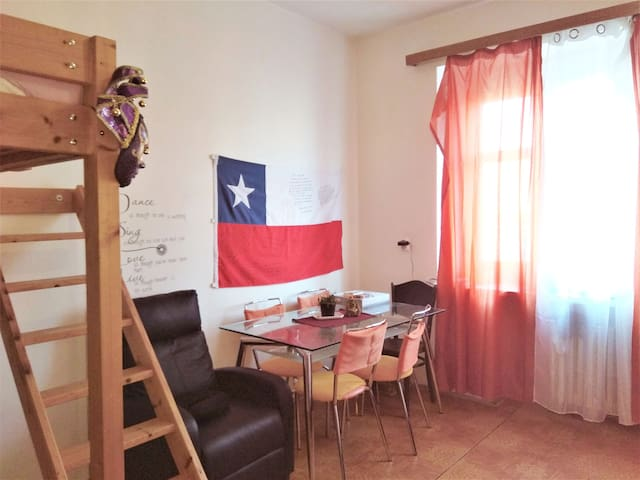 Nice studio for up to 5 people, near the castle