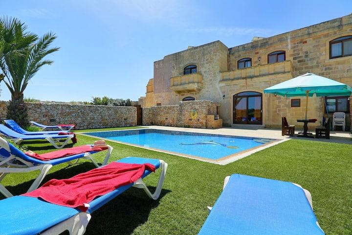Villa Savona 3 Bedrooms