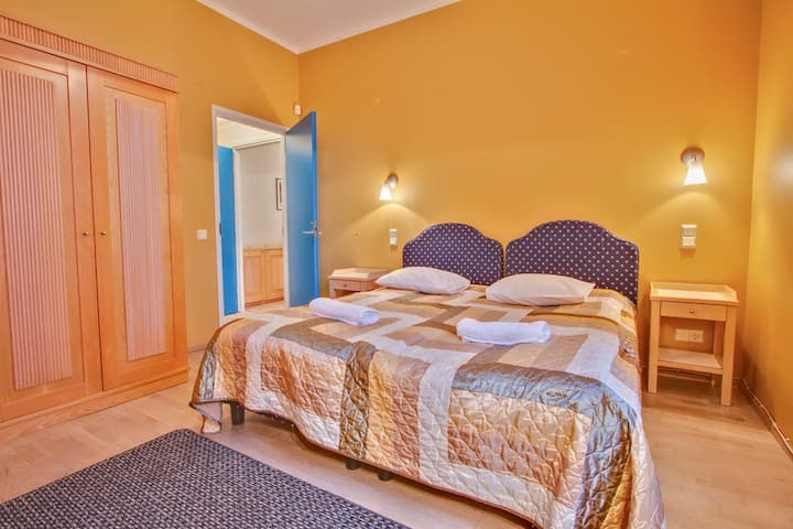 Daily Apartments at Ilmarine - Private with FREE parking - near the Old Town