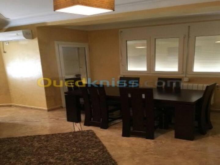 luxueux appartement résidence clôturé et gardée
