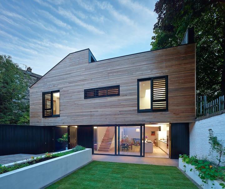 Glasgow West End Award Winning Mews House