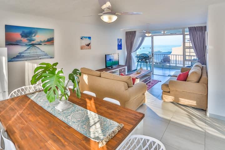 Kenwyn Large Luxury Beachfront Getaway on Willard
