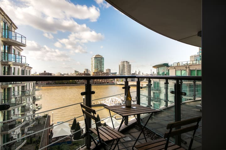 2Bed 2Bath Pad In Zone 1 with River Views!