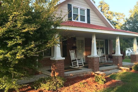 Merri Mac Inn (Carolyn's Suite) - Whiteville - Bed & Breakfast