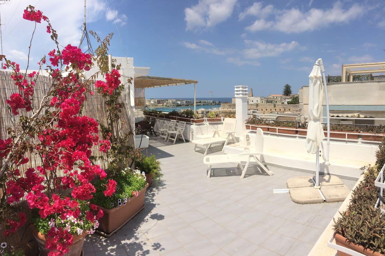 Due livelli con vistamare magnifica Borgomonte - Apartments for Rent ...