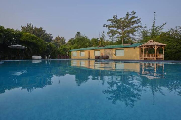 Acorn Hideaway Resort & Spa-Jim Corbett(All Meals)