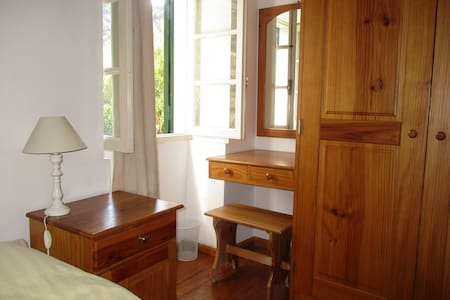 Hiker's nest bedroom in Porto da Cruz