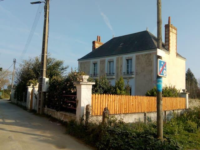 Maison armateur bord de mer , ile bretonne