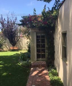 Charming Guest House. - Los Ángeles