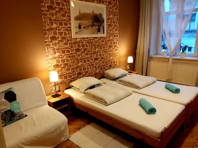 Pokój z prywatną łazienką w centrum Krakowa.