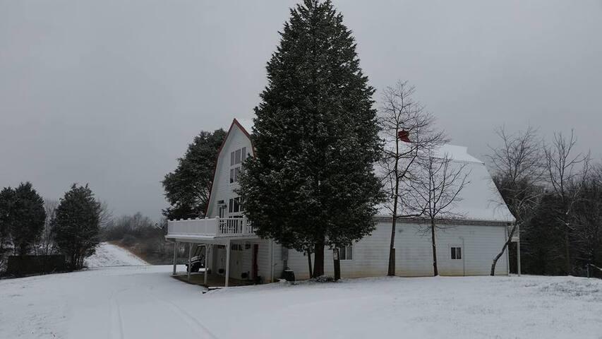 Restored Barn Loft - Knoxville - Casa