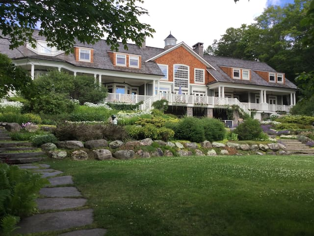 Bellevue Cottage on Lake Rosseau - Rosseau - Villa