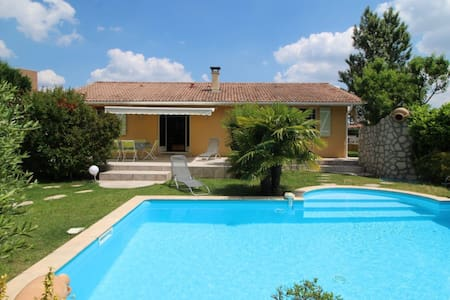 Maison familiale **** avec piscine - Audenge - Hus