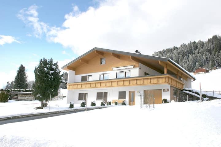 Appartement de luxe à Bartholomäberg près du domaine skiable