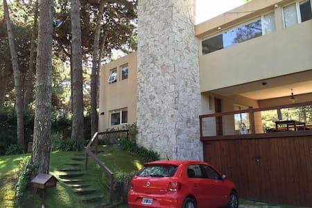 Casa Mardin Pinamar Norte a 6 cuadras de CR - Pinamar - Maison