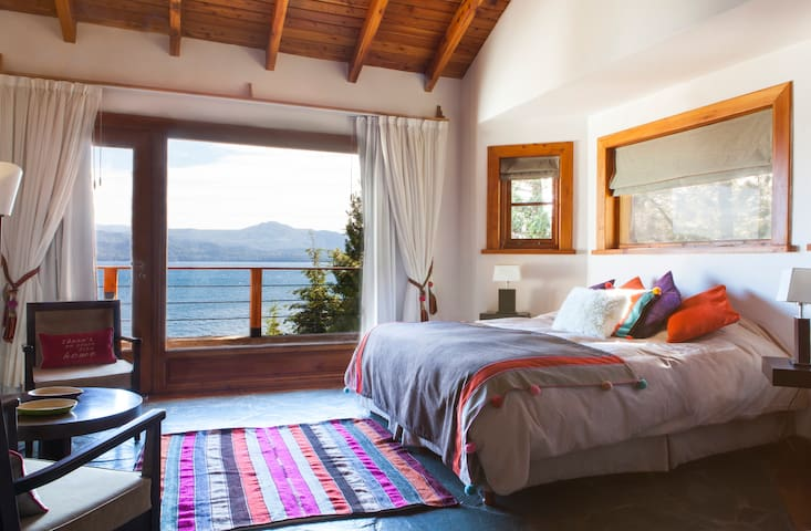 LAKE & VIEW STUDIO + BEACH ACESS NEAR LLAO LLAO - San Carlos de Bariloche - Appartement