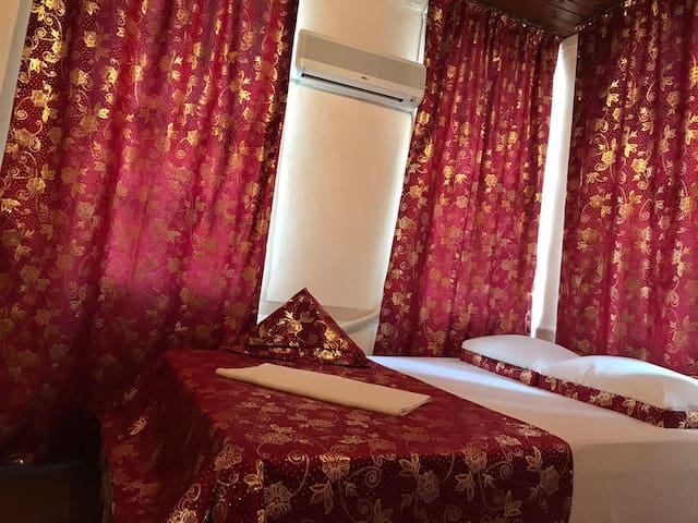 ANTIQUE HOUSE ( ANTALYA CENTER )  for 2 person