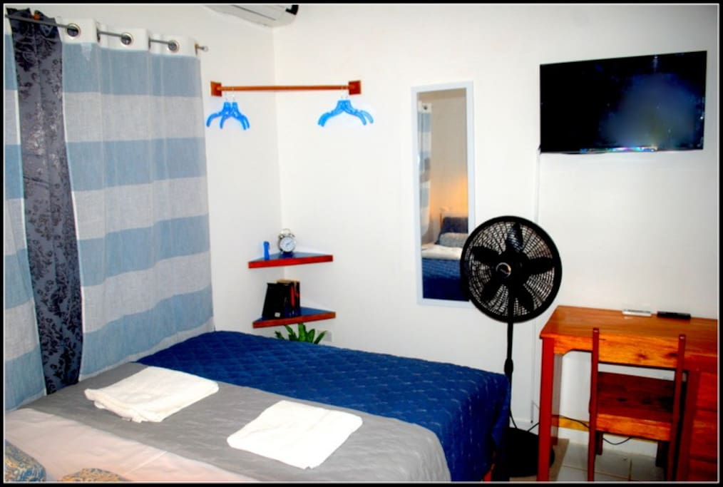 Small but cosy, fans, cable tv, aircon.