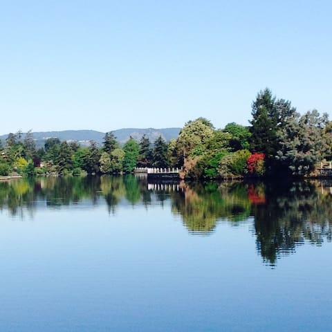Gorgeous Gorge Waterway View - Victoria - Rumah