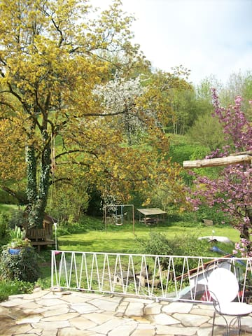 Gästewohnung ruhig, ebenerdig, mit eigenem Eingang - Badenweiler - Lakás