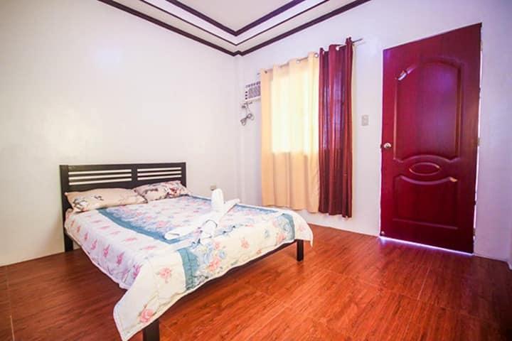 Standard/Couple room (Ashiana Rea)
