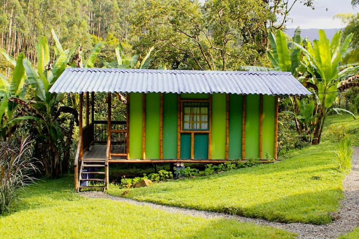 Relax in Cabin Carriqui, private cabin for 2-5